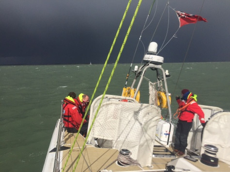 storm_horizon_clipper_race_aground