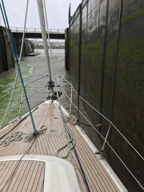 Aground in Limehouse lock
