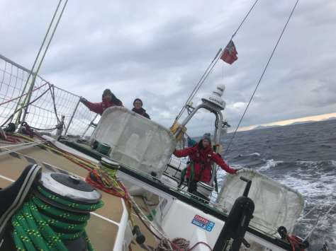 heeled_over_sailing_clipper