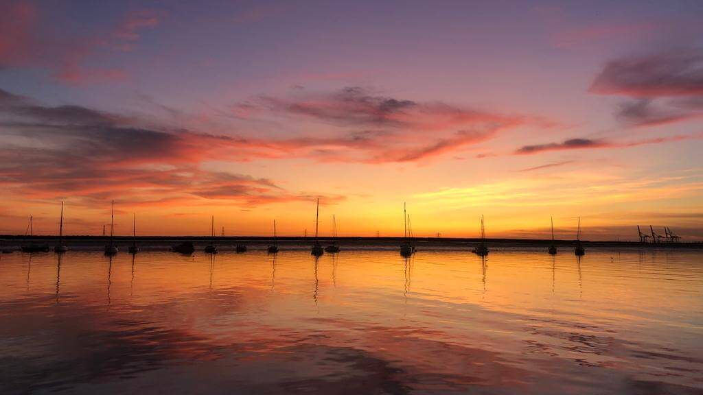 Queenborough_sailing_sunset