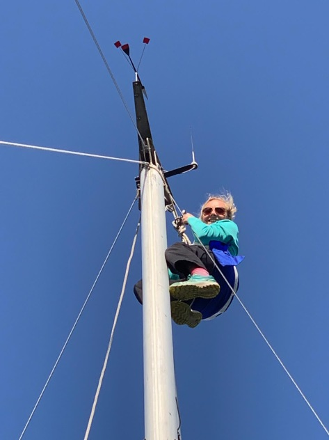 mast_climb_sailing